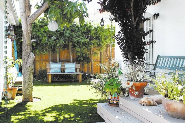 The lawn here is artificial turf. Recent technological innovations make today's fake grass look better than the real thing. (Don Bartletti/Los Angeles Times/MCT)