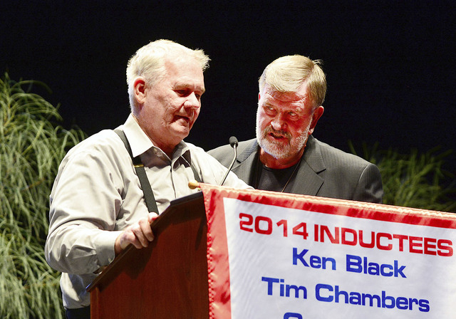Courtesy photo Findlay Automotive Group President Cliff Findlay, right, introduces his longtime friend Ken Black during the 17th annual Southern Nevada Sports Hall of Fame ceremonies May 30 at the ...