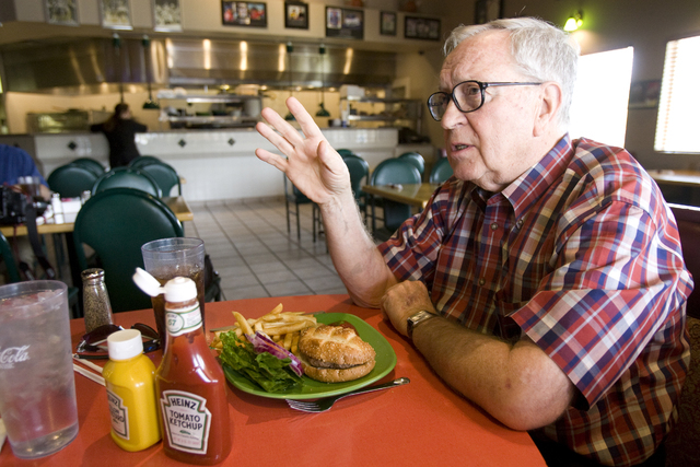 K.M. CANNON/LAS VEGAS REVIEW-JOURNAL Jim Rogers talks to a reporter while having lunch at Torino's Sports Pub & Restaurant at 5570 W. Flamingo Rd. Wednesday, June 3, 2009. Rogers will retire as le ...