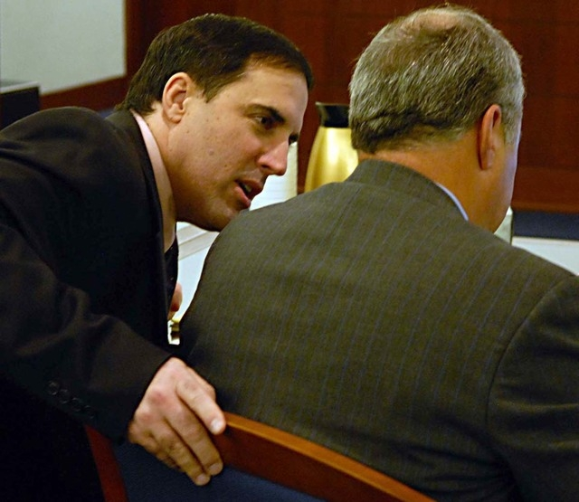 Darren Mack talks with his attorney Scott Freeman during Mack's murder trial on Oct. 31, 2007. Mack pleaded guilty to murdering his wife, Charla, and shooting Washoe Family Court Judge Chuck Welle ...