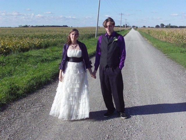 Amanda Miller and Jared Miller are shown in this image on Amanda's Facebook page. (Courtesy, Facebook)
