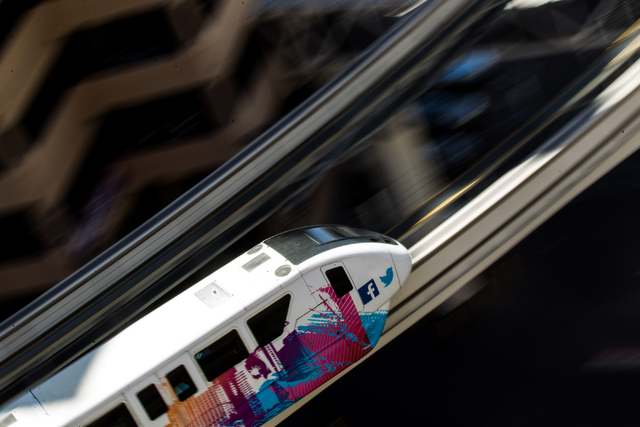 The Las Vegas Monorail heads south towards the Harrah's/The Quad stop in Las Vegas on Monday, May 19, 2014. (Chase Stevens/Las Vegas Review-Journal)