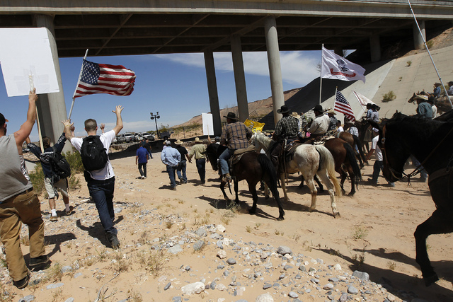 The Bundy family and their supporters on April 12, 2014. (Jason Bean/Las Vegas Review-Journal)