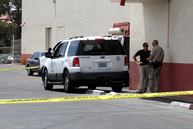 A body was discovered in a vehicle behind the Indoor Valley Swap Meet at Decatur and Oakey on Monday June 2, 2014. (Michael Quine/Las Vegas Review-Journal)