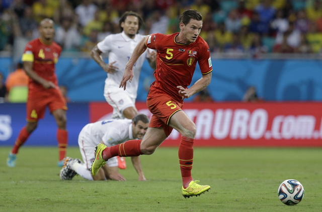 Belgium's Jan Vertonghen charges forward during the World Cup round of 16 soccer match between Belgium and the USA at the Arena Fonte Nova in Salvador, Brazil, Tuesday, July 1, 2014. (AP Photo/Mat ...