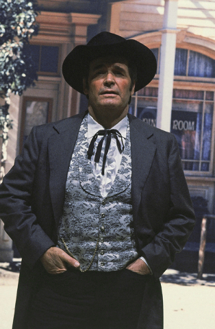 """Actor James Garner is shown in character as """"Bret Maverick"""" on the set of his television show, in this April 13, 1982 file photo taken in Los Angeles, Calif. Actor James Garner, wisecracking star  ..."""