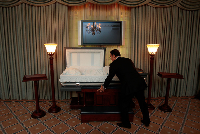 Mortuary Field Funeral Directing Grows In Number  Las Vegas Review
