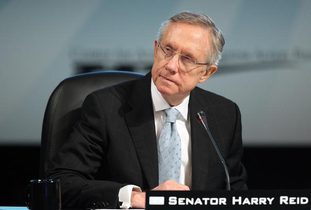 JOHN GURZINSKI/LAS VEGAS REVIEW-JOURNAL U.S. Senate Majority Leader Harry Reid, D-Nev., takes part in the National Clean Energy Summit 2.0 at the Thomas & Mack Center in Las Vegas, Monday, Aug. 10 ...