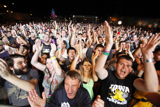 Fans cheer during the Life Is Beautiful festival in downtown Las Vegas on Sunday, Oct. 27, 2013. (Chase Stevens/Las Vegas Review-Journal)