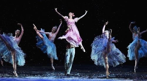"Nevada Ballet Theatre's ""The Nutcracker."" (Jason Bean/Las Vegas Review-Journal)"