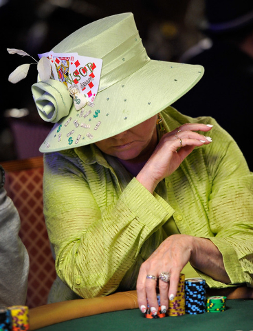 Susie Isaacs of Las Vegas, stacks her chips during day 2A/2B of the World Series of Poker Main Event at the Rio hotel-casino on Tuesday, July 8, 2014. (David Becker/Las Vegas Review-Journal)