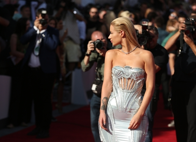 Iggy Azalea arrives at the MTV Video Music Awards at The Forum on Sunday, Aug. 24, 2014, in Inglewood, Calif. (Photo by Matt Sayles/Invision/AP)