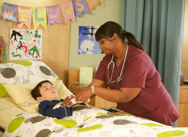 """This image released by Fox shows Griffin Gluck, left, and Octavia Spencer from the """"Red Band Society,"""" premiering Sept. 17. (AP Photo/Fox, Annette Brown)"""