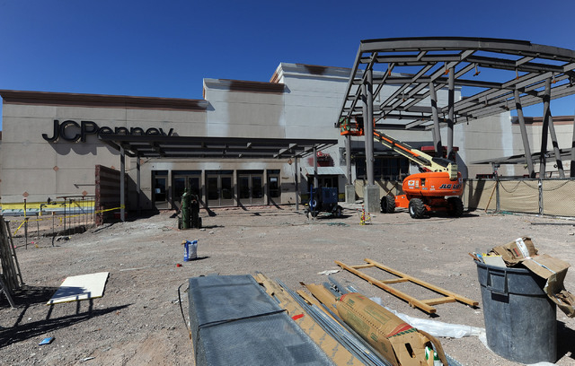 Steel rises on the 30,000 square foot expansion to the Galleria at Sunset mall in Henderson, This area, seen Wednesday, Aug. 6, 2014 is the old main entrance to the mall.  The new area will includ ...