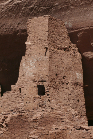 Ruins can be found throughout Canyon de Chelly National Monument. (DEBORAH WALL/SPECIAL TO VIEW)