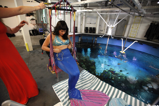 Aquatic Occupation Mermaids Thrive On Interaction With Kids Las Vegas Review Journal