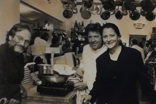 Robin Williams and his then-wife, Marsha, are with chef Julian Serrano at his San Francisco restaurant, Masa, in the early 1990s. (Courtesy)