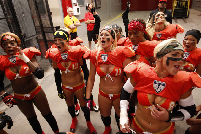 Las Vegas Sin players yell before their Legends Football League game against the Green Bay Chill at the Thomas & Mack Center in Las Vegas Thursday, May 15, 2014. (John Locher/Las Vegas Review-Journal)