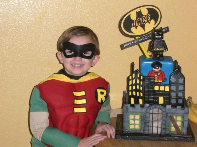 Jace Majerus, 6, poses for a photo with a Batman-themed caked created by Michelle Curran, better known as Chef Mitchie, for his birthday party at his home in Las Vegas last year. The chef voluntee ...