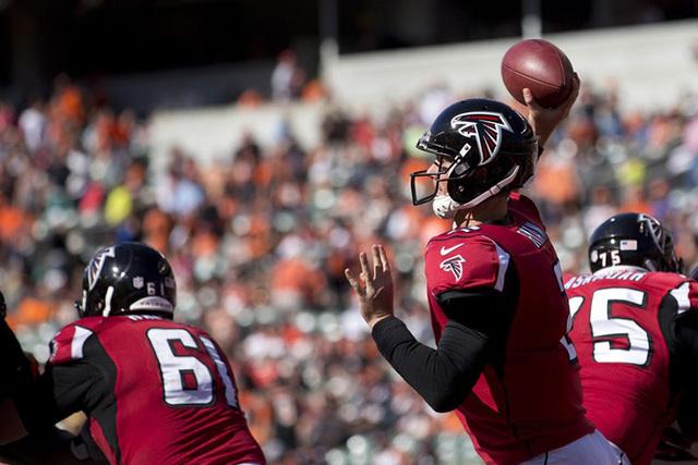 Sep 14, 2014; Cincinnati, OH, USA; Atlanta Falcons quarterback Matt Ryan (2) throws a pass in the second half against the Cincinnati Bengals at Paul Brown Stadium. The Bengals won 24-10. (Aaron Do ...