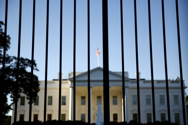 The White House seen from outside the north lawn fence in Washington on Sept. 22, 2014. (Reuters)