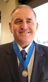 Army Ranger Hall of Fame soldier Bill Anton wears the Knowlton Award, bestowed on him Thursday.