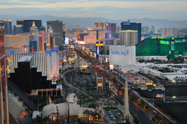 Nevada gaming revenue dipped 3.7 percent in August. On the Las Vegas Strip, gaming revenue declined 6.1 percent to $553.2 million. (Las Vegas Review-Journal file)