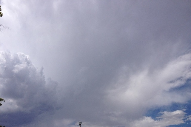 Clouds come from the west valley on Sunday, September 7, 2014 around noon. (Las Vegas Review-Journal)