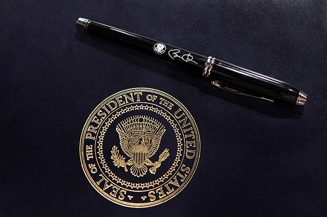 President Obama's infamous pen!