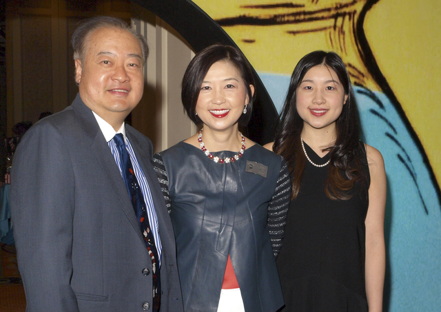The Lee family, from left, Duncan, Irene and Victoria (Marian Umhoefer/Las Vegas Review-Journal)
