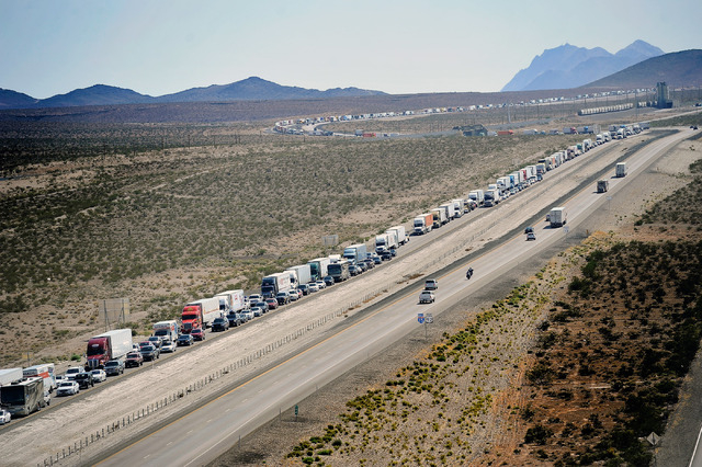 Traffic is backed up along the northbound side of Interstate 15 for several miles on Tuesday, Sept. 9, 2014. (Photo by David Becker/Las Vegas Review-Journal)