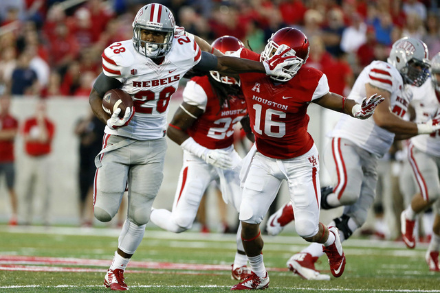 UNLV running back Keith Whitely did some nice things in front of his Houston friends and family. (Soobum Im/USA TODAY Sports)