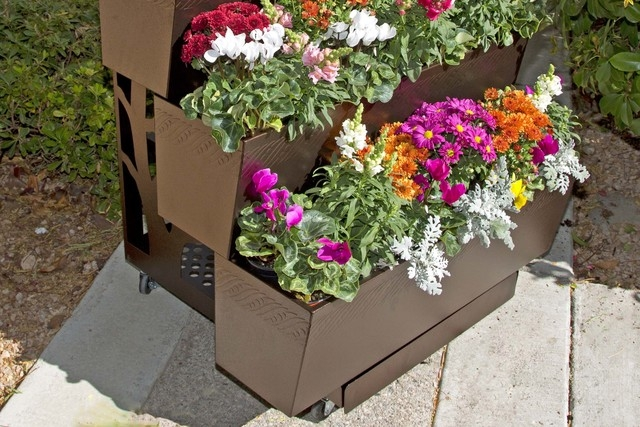 Garden carts can be aesthetically pleasing, as well as useful. (Courtesy Mobilegro)