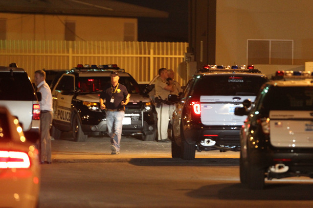 Police respond to a shooting on J Street on Thursday night. (K.M CANNON/LAS VEGAS REVIEW-JOURNAL)