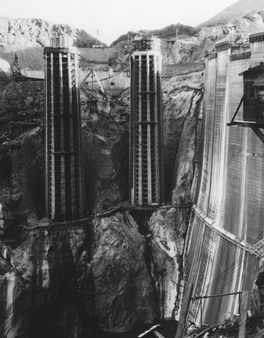 Arizona intake towers under construction January 28, 1935. (File)