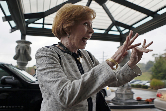 Carol Burnett waves to people as she arrives at the Chestnut Ridge Resort for the banquet to receive the 2014 Harvey Award presented by the Jimmy Stewart Museum, Friday, Oct. 3, 2014 in Blairsvill ...