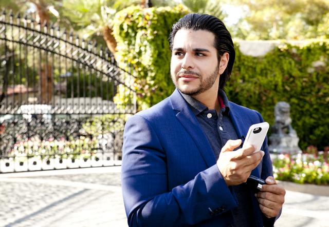 Realtor Zar Zanganeh of Luxe Estates & Lifestyles