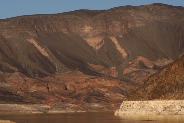 Boats make their way towards the Las Vegas Boat Harbor on Lake Mead Monday, Oct. 6, 2014. (Sam Morris/Las Vegas Review-Journal)