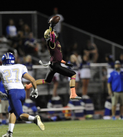 Faith Lutheran Crusaders wide receiver Mark Rubalcaba is unable to haul in a reception against the Sierra Vista Mountain Lions in the first half of their high school football game at Faith Luthera ...