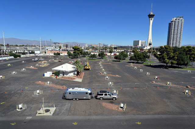 Tourists arrive with their travel trailer to the closed former KOA RV park at Circus Circus on Friday, Oct. 3, 2014. MGM Resorts International announced this week the Circus Circus RV park had clo ...