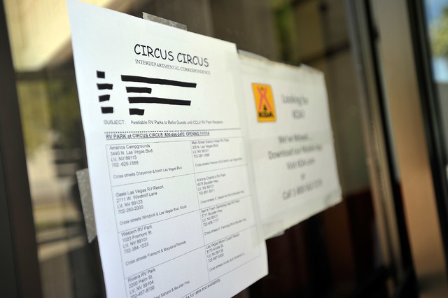 A memo alerting guests that the former KOA RV park at Circus Circus is closed is seen posted on the door of the park office on Friday, Oct. 3, 2014. MGM Resorts International announced this week t ...