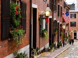11 U.S. cities famous for their Christmas cheer