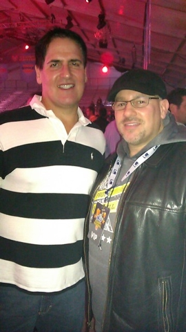 Celebrity agent Mike Esterman, right, with Mark Cuban, owner of the Dallas Mavericks. (Courtesy/Mike Esterman)