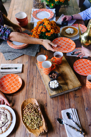 Rustic White Photography/The Associated Press When entertaining in the fall, designer Brian Patrick Flynn likes to keep things casual by dining outdoors not only to look at the beautiful fall foli ...