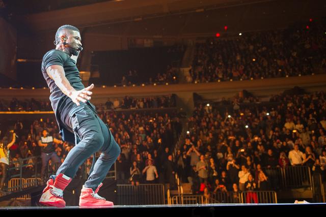 Usher Smooth Talking Vegas Ladies Las Vegas Review Journal