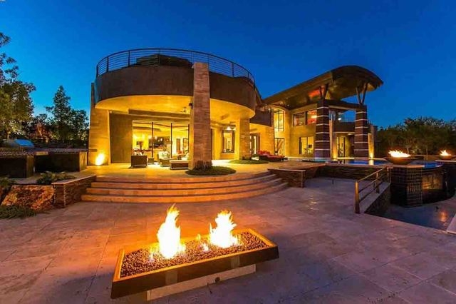 Courtesy photo  Acclaimed Las Vegas architect Richard Luke built this contemporary home for Dr. Tanvir and Nooreen Ahmad built in The Ridges in Summerlin. It's listed for sale for about $8 million.
