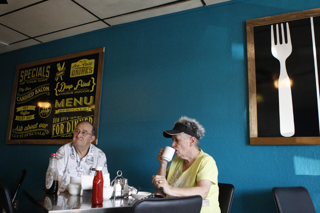 Ronald Bonelli, left, and his wife Michele, have breakfast at Kailyn's Diner, 3430 E. Tropicana Ave., suite 6, in Las Vegas Sunday, Nov. 9, 2014. (Erik Verduzco/Las Vegas Review-Journal)