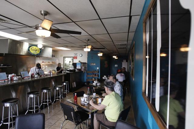 The scene inside Kailyn's Diner, 3430 E. Tropicana Ave., suite 6, in Las Vegas during breakfast service Sunday, Nov. 9, 2014. (Erik Verduzco/Las Vegas Review-Journal)