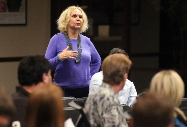 Davida Rochelle asks a question during a panel discussion about medical marijuanaճ impact on Nevada at United Way of Southern Nevada at 5830 W. Flamingo Road in Las Vegas on Thursday, Nov. 2 ...