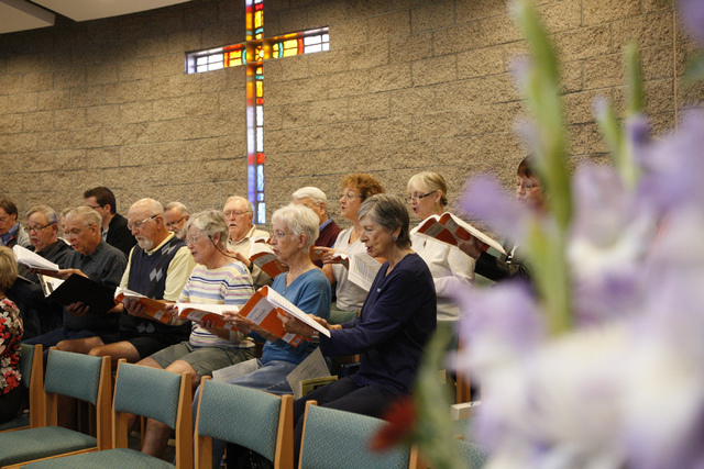 Messiah concert invites everyone to sing las vegas review journal chorus members rehearse for the 9th annual handels do it yourself messiah fundraiser at the green solutioingenieria Image collections